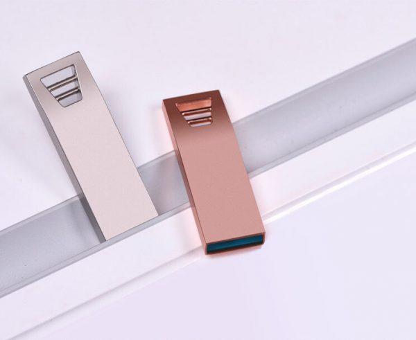 Bedrukbare metalen USB stick in twee kleuren