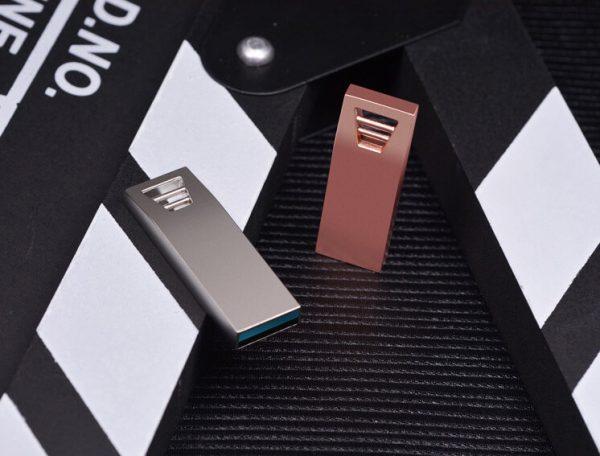 Kwalitatieve USB met logo